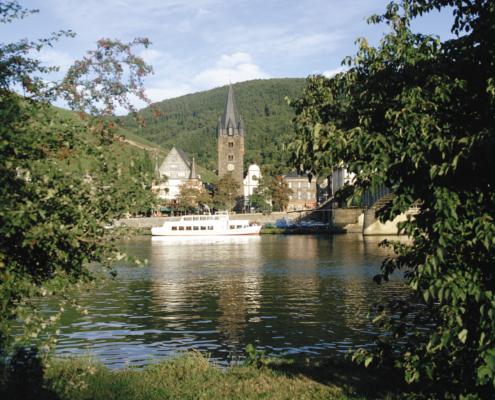 Mosel-Herberge St. Michael-Kirche